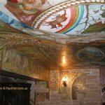 Фрагмент росписи интерьера винного погреба